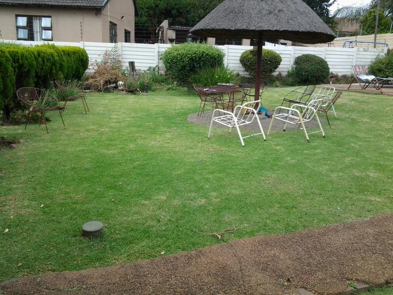 Property For Sale in Illiondale, Edenvale 12