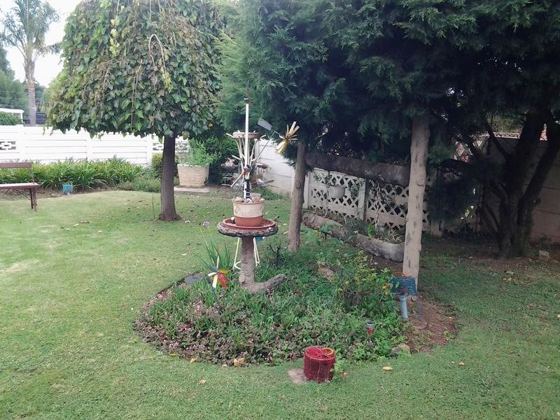 Property For Sale in Illiondale, Edenvale 13