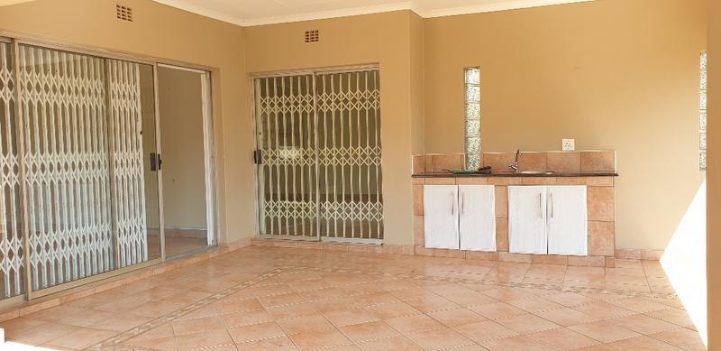 Property For Sale in Bedfordview, Bedfordview 19