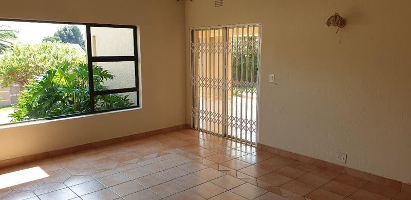 Property For Sale in Bedfordview, Bedfordview 27
