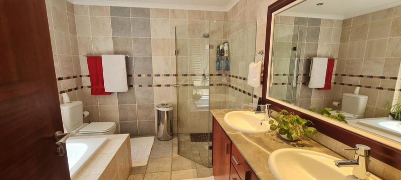 Property For Sale in Bedford Gardens, Bedfordview 25
