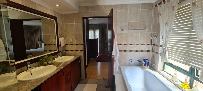 Property For Sale in Bedford Gardens, Bedfordview 26