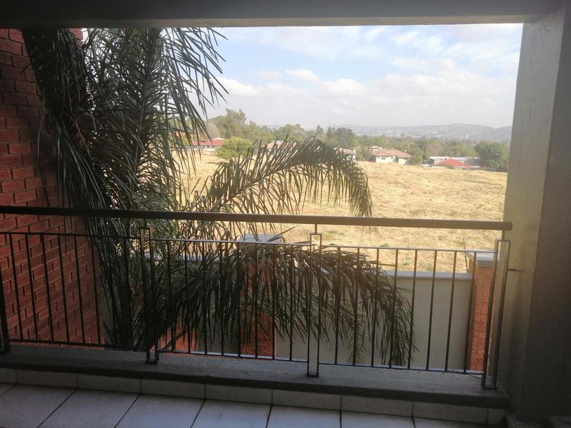 Property For Rent in Solheim, Germiston 14