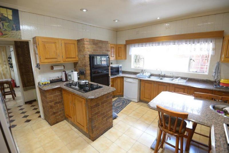 Property For Sale in Dawnview, Germiston 11