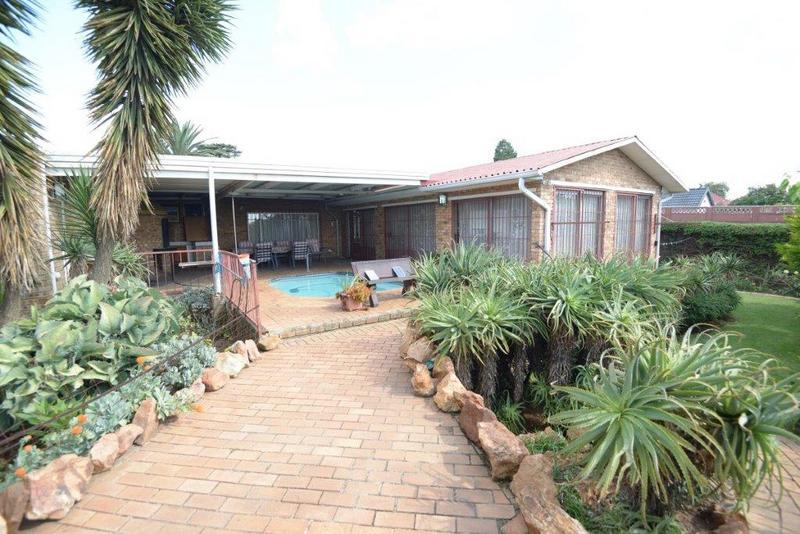 Property For Sale in Dawnview, Germiston 3
