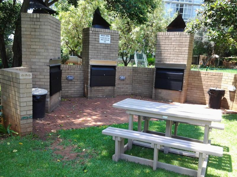 Apartment / Flat For Sale in Bedfordview, Bedfordview