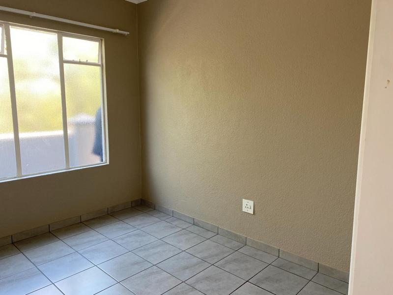 Property For Sale in Eden Glen, Edenvale 8