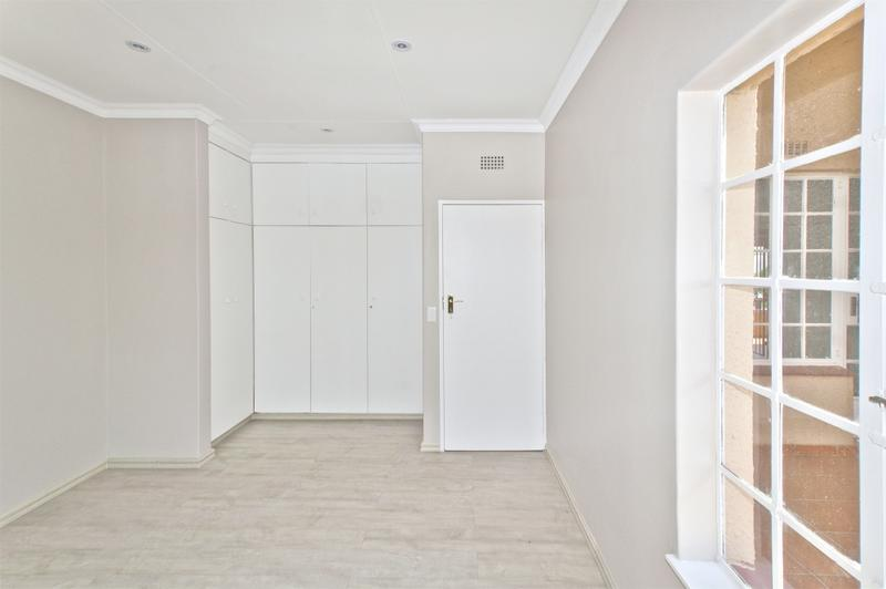 Apartment / Flat For Sale in Bedford Park, Bedfordview