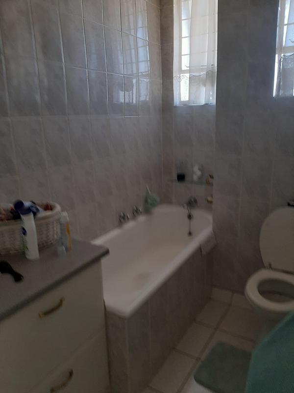 Property For Rent in Bedfordview, Bedfordview 16