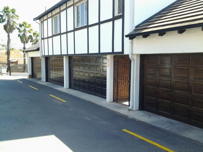 Property For Sale in Morninghill, Bedfordview 2