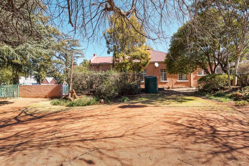 Property For Sale in Johannesburg, Johannesburg 3