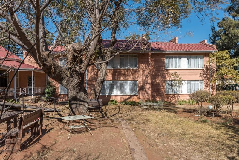 Property For Sale in Johannesburg, Johannesburg 2