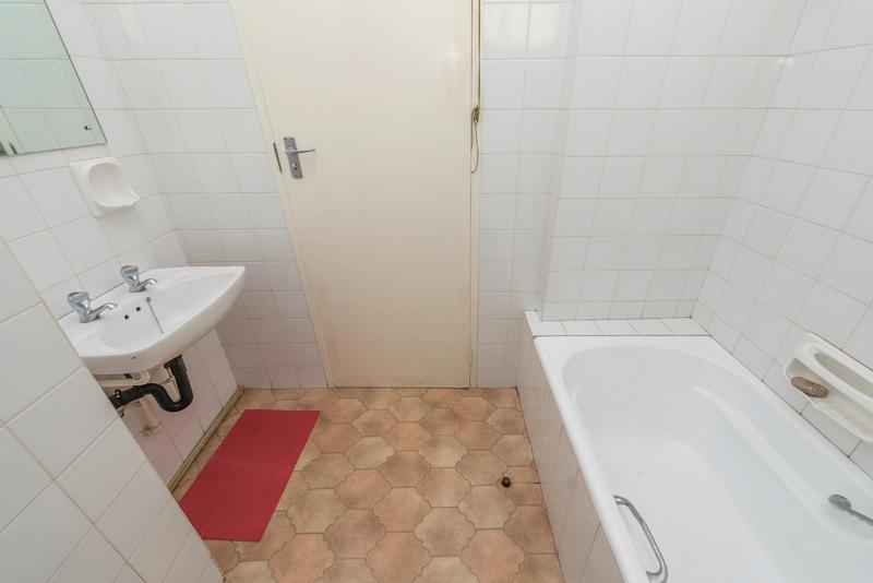 Property For Sale in Johannesburg, Johannesburg 15