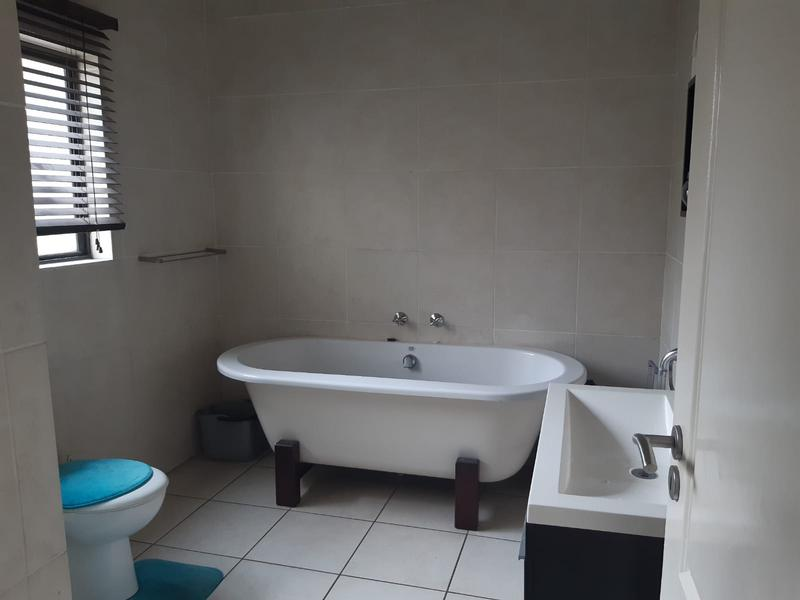 Property For Rent in Greenstone Hill, Edenvale 7