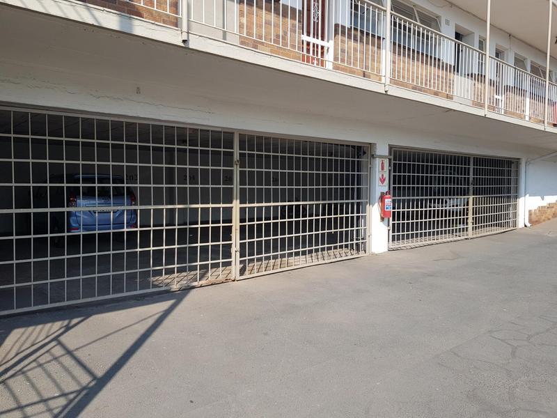 Apartment / Flat For Sale in Rembrandt Park, Johannesburg