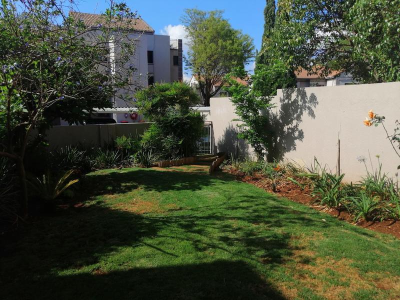 Complex For Rent in Bedfordview, Bedfordview